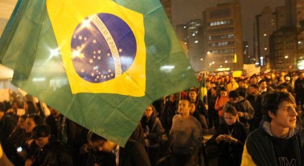 Direitos Humanos em Manifestações Populares