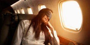 dormindo avião