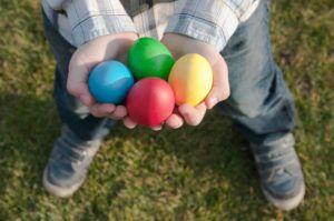 Brincadeiras de Páscoa para Caçar Ovos