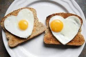 torradas ovos coração