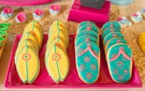 biscoitos de chinelo e prancha