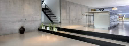 sala concreto polido