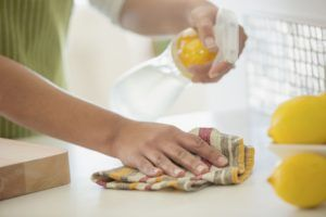 Como Limpar a Casa Usando Vinagre