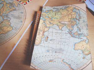 Capas de Cadernos Criativas para a Volta às Aulas