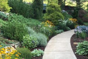 Como fazer um jardim num terreno em declive